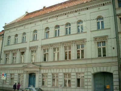 denkmalgeschützte Fassade der zukünftigen Generalstaatsanwaltschaft des Landes Brandenburg
